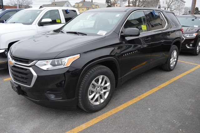 New 2019 Chevrolet Traverse Ls 4d Sport Utility For Sale Near Boston